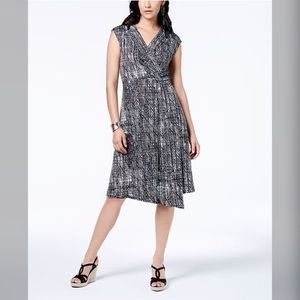 NY Collection petite dress with cap sleeves